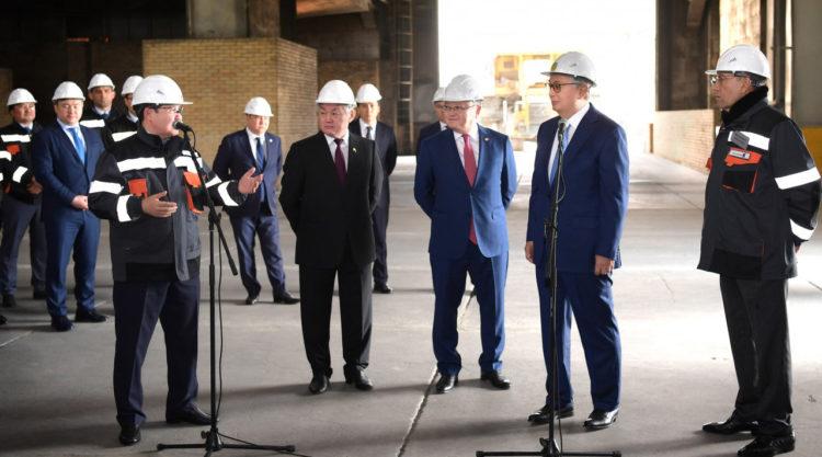 Президент РК поручил обеспечить работой людей с ограниченными возможностями