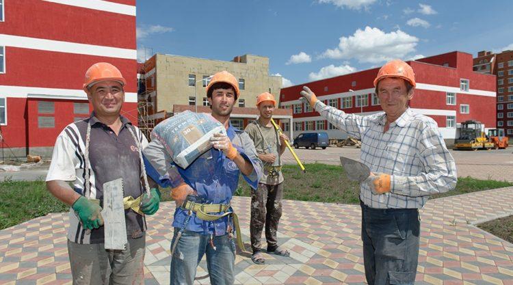 1 сентября в новой школе микрорайона «Аэропорт» должен зазвенеть первый звонок