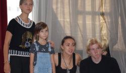 Воспитанники центра «Аутизм победим» ставят спектакль о девочке с ДЦП