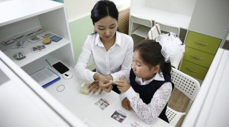 Инклюзивный класс открылся в Атырау для особенных детей