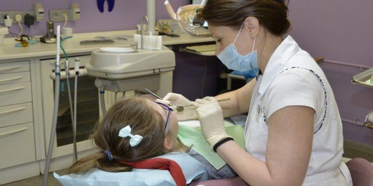 Список стоматологических услуг для особенных детей расширился в Караганде