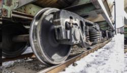 Пассажирский поезд сошел с рельсов в Карагандинской области