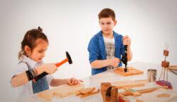 Новость об отмене деления учащихся на группы мальчиков и девочек…