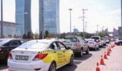 Убрать платные парковки возле жилых домов предлагают в Нур-Султане