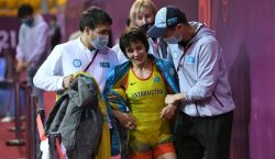 Настоящий боец: казахстанка с травмой завоевала лицензию на Олимпиаду и…